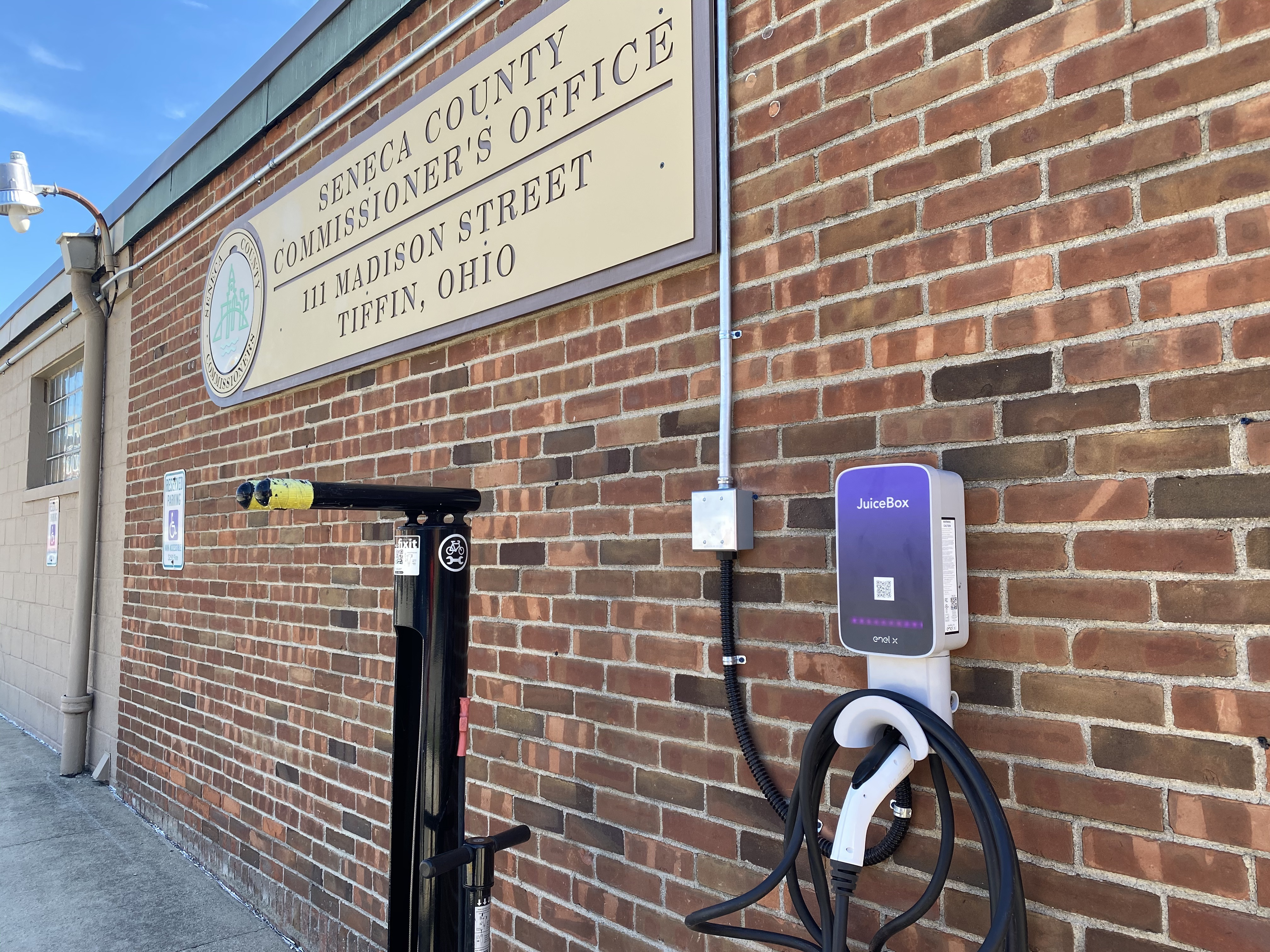 Buckeye It Expands Services Into Electric Vehicle Chargers Tiffin Seneca Economic Partnership